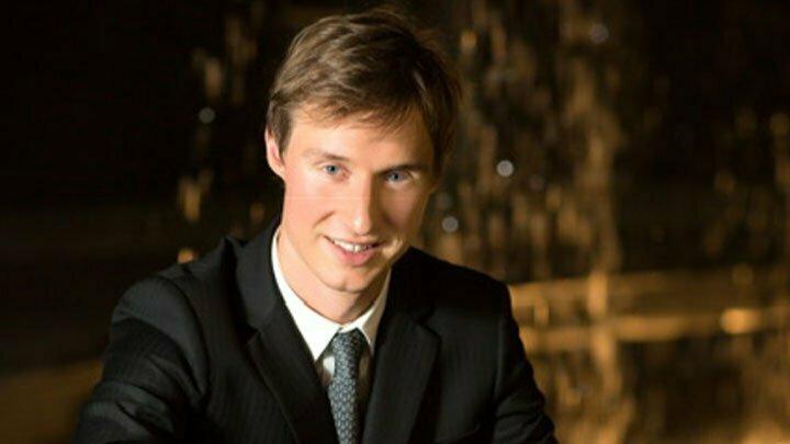 Gaspard DEHAENE, piano
