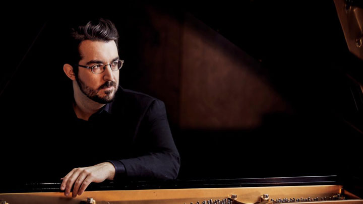 Charles RICHARD-HAMELIN, piano